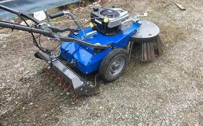Optional blade and claws of weeding for stabilized grounds